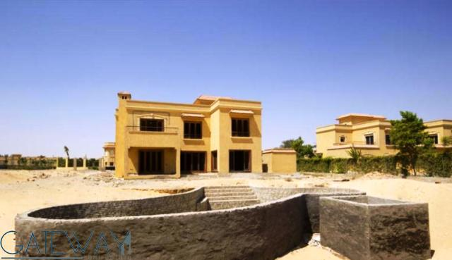 Unfinished Villa for Sale in Wadi El Nakheel with Big Private Garden.