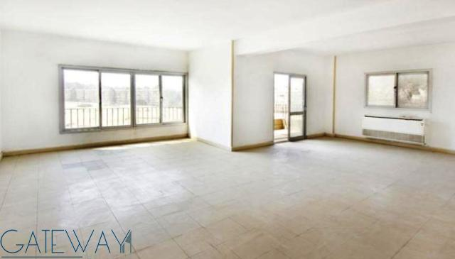 Unfurnished Apartment for Sale in Zahraa El Maadi with Open view.