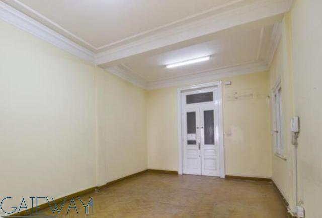 Unfurnished Apartment for Rent in Garden City with Open View.
