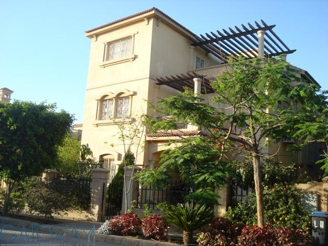 Fully Furnished Villa for Rent in Dara Gardens with Private Garden & Swimming Pool.