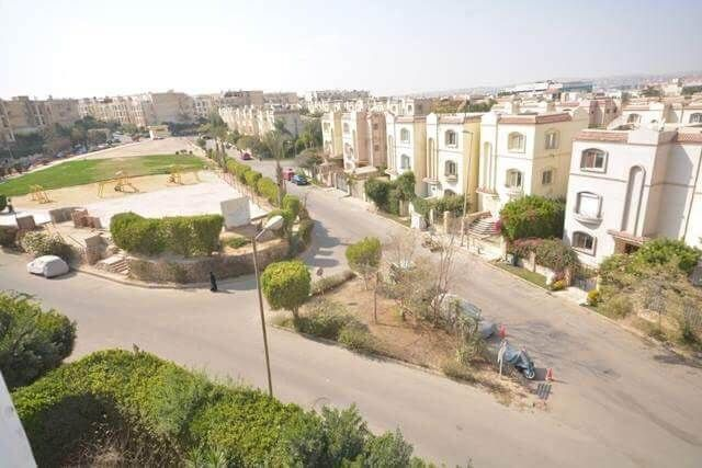 Unfurnished Apartment for Rent in Hadayek El Mohandseen Compound
