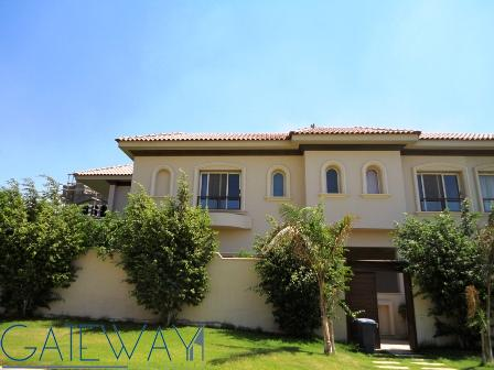 Unfurnished Villa for Rent or Sale in West Golf with Private Garden.