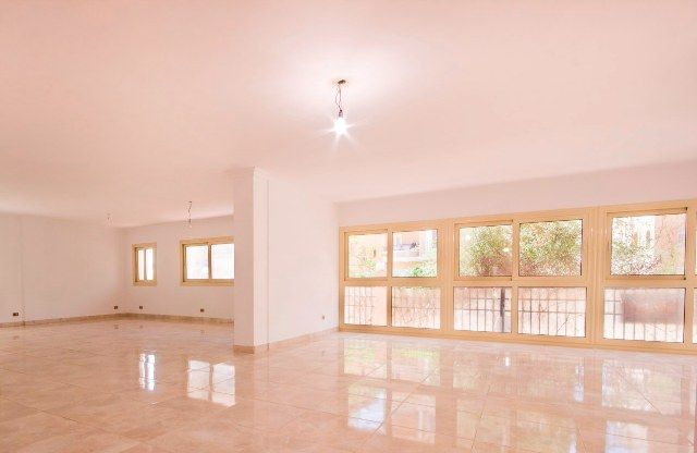 Unfurnished Office for Rent in October
