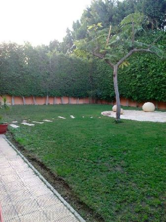 Furnished Villa for Rent in El Nada Compound with Private Garden