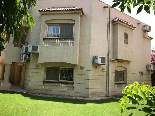 Semi-Furnished Townhouse for Rent in Katameya Residence Compound