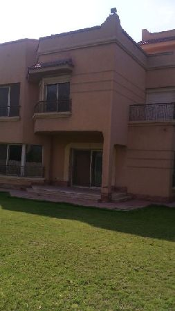 Unfurnished Villa for Sale in Wadi El Nakheil Compound