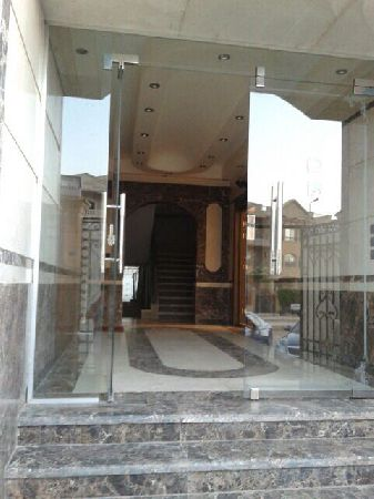 Fully Finished Apartment 240m For Sale , New Cairo ,El-Banfseg 4