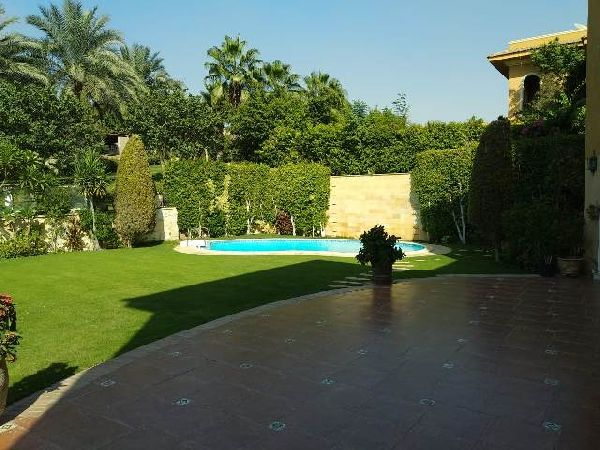 Semi-Furnished Villa for Rent in Arabella Compound - New Cairo