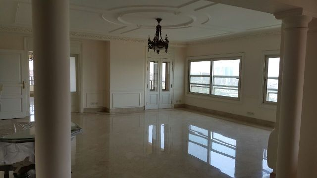 Semi-Furnished Apartment for Rent / Sale in Nile Giza
